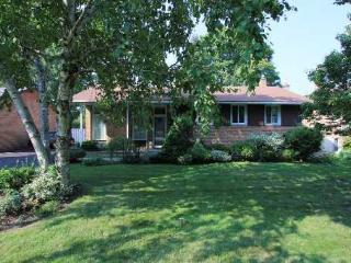 90 Southill Dr