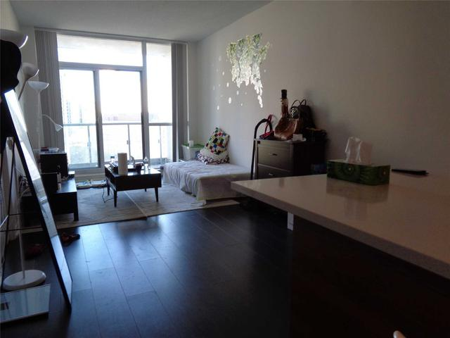 66 Forest Manor Rd, Unit 707