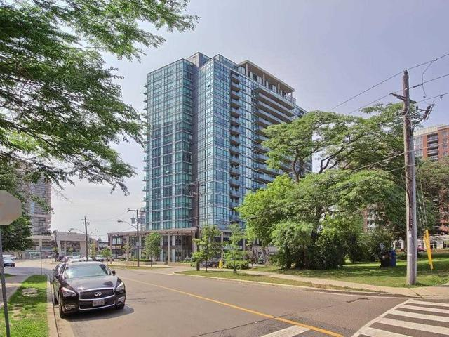 26 Norton Ave, Unit 1207