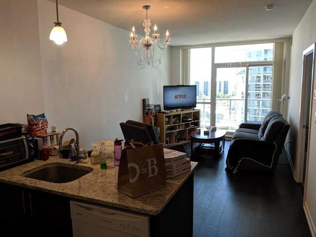 70 Forest Manor Rd, Unit 1304