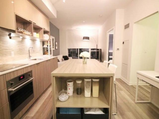 52 Forest Manor  Rd, Unit 1306