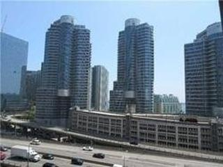 25 Lower Simcoe St, Unit 725