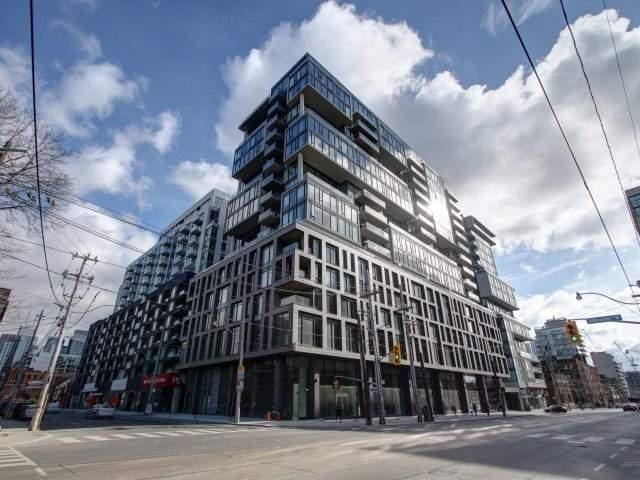 111 Bathurst St, Unit 716