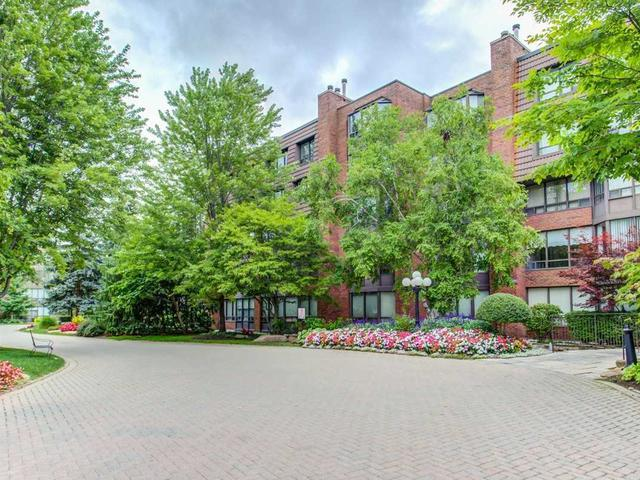 245 The Donway W, Unit 414