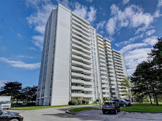 20 Forest Manor Rd, Unit 701