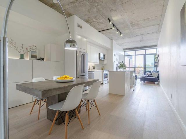 33 Mill St, Unit 404