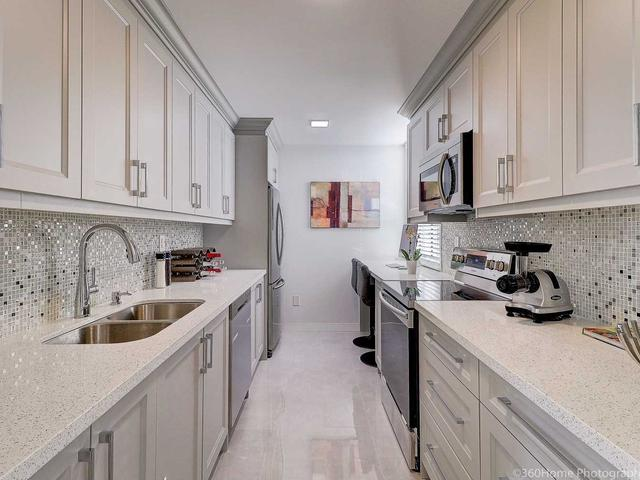 5 Old Sheppard Ave, Unit 1708