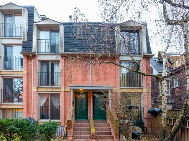 8 - 325 Jarvis St