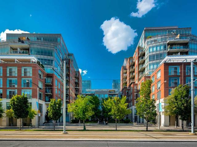 500 Queens Quay W, Unit 318E