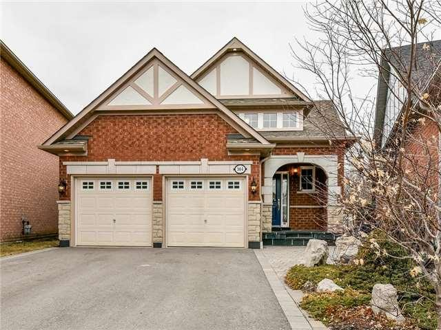 304 Mapleview Crt N