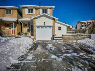 602 Down Cres