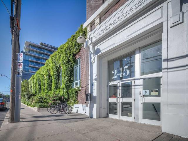 245 Carlaw Ave, Unit 406