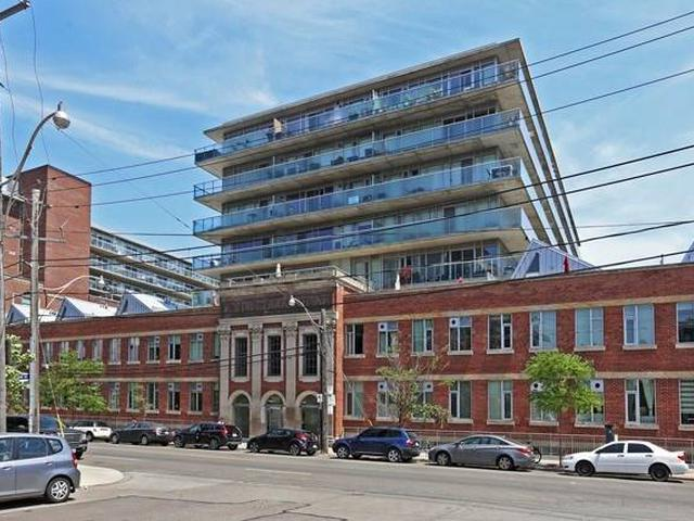 201 Carlaw Ave, Unit 702