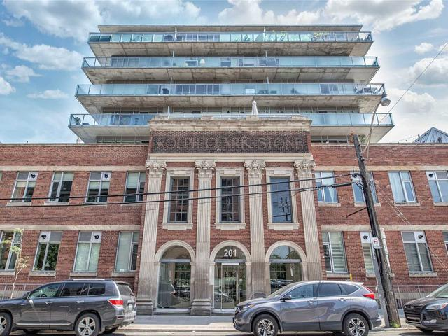 201 Carlaw Ave, Unit 414