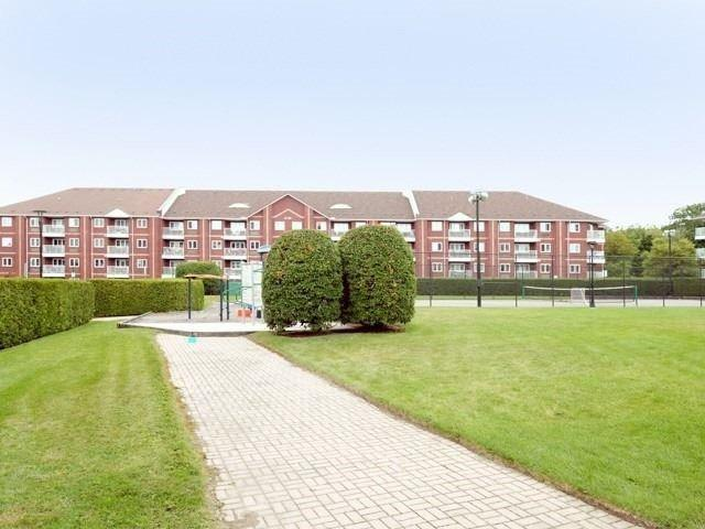 193 Lake Drive Way W, Unit 321