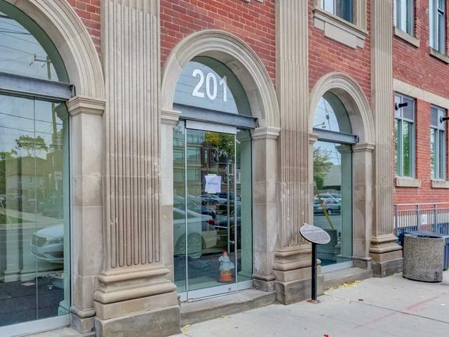 201 Carlaw Ave, Unit 209
