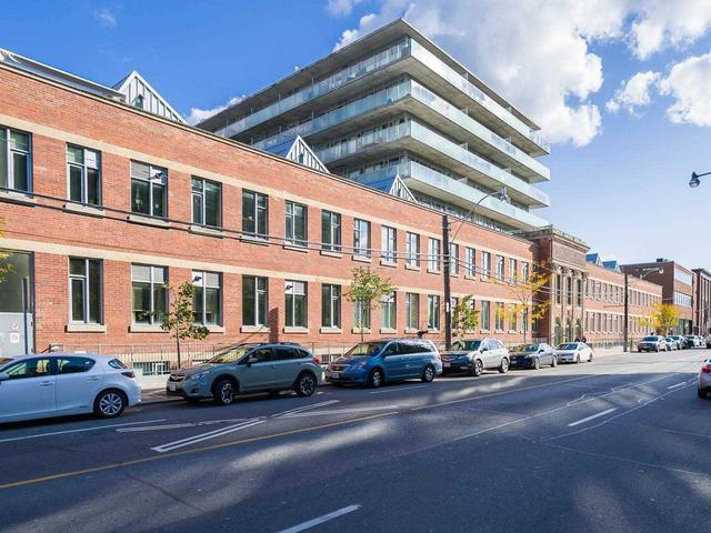 201 Carlaw Ave, Unit 105