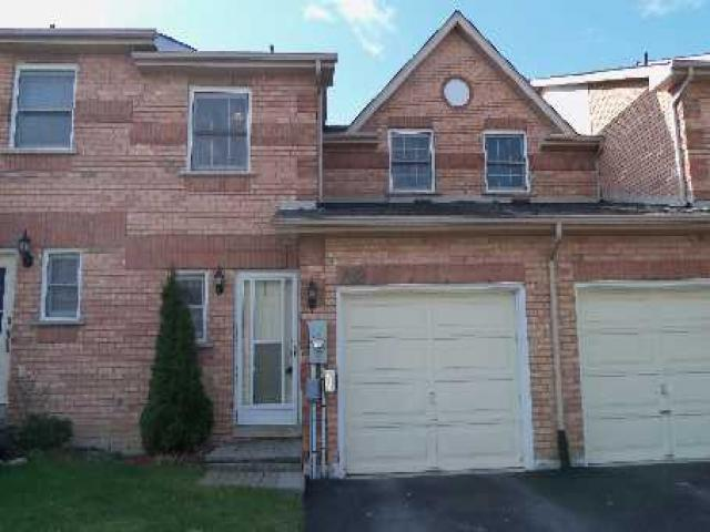 769 Playter Cres