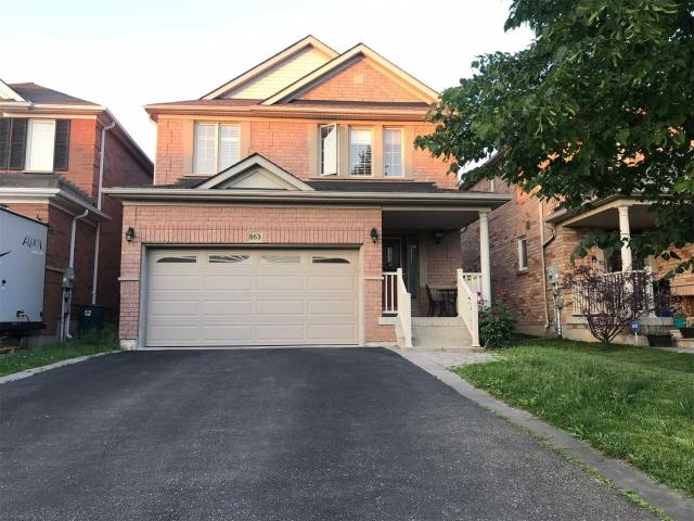 863 Oaktree Cres
