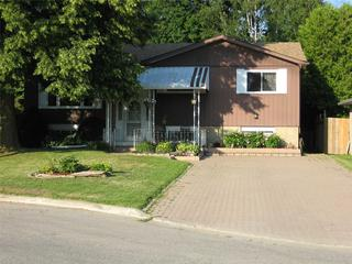 22 Colbeck Cres