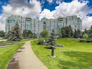 7905 Bayview Ave, Unit 914