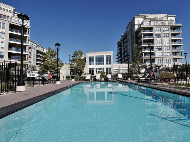 15 Stollery Pond Cres, Unit 908