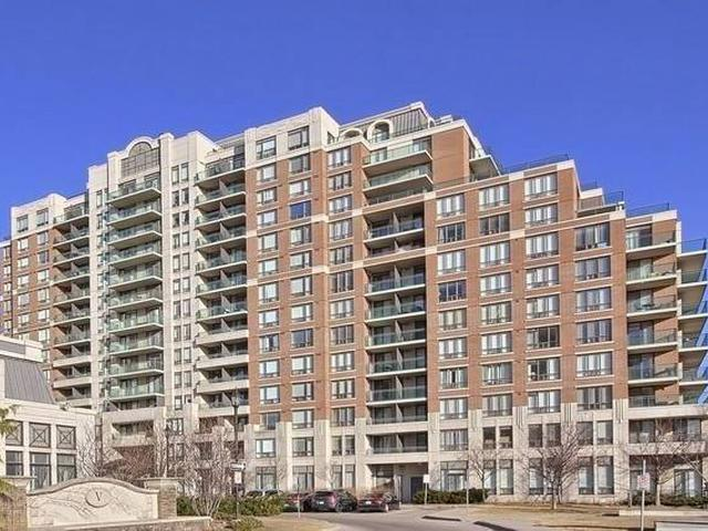 350 Red Maple Rd, Unit 704