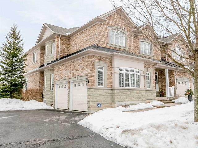 53 Stonecliffe Cres