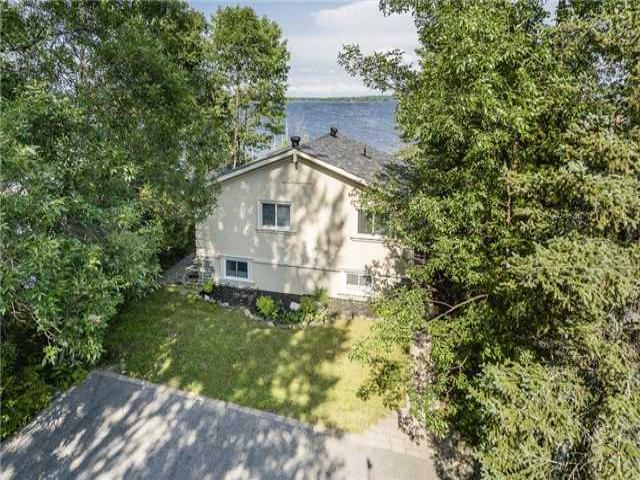 274 Robins Point Rd
