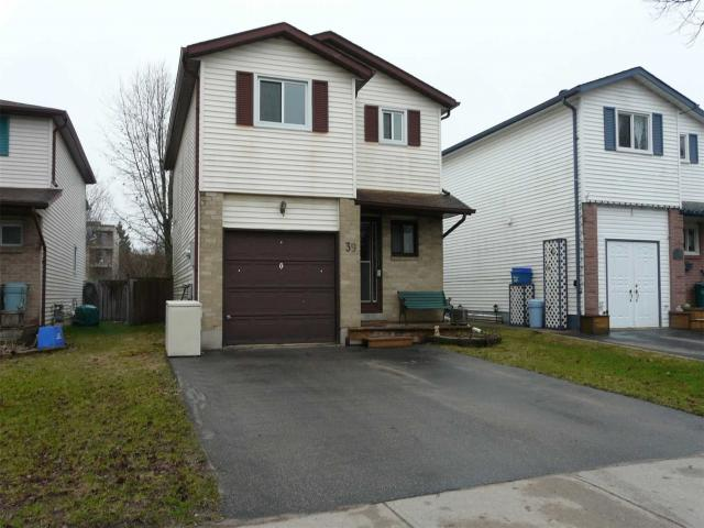 39 Laurie Cres