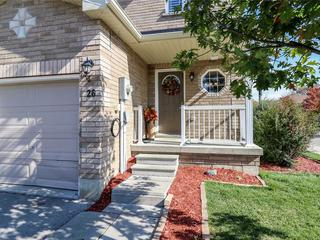 26 Southwoods Cres