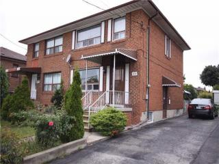 1298 Lawrence Ave W