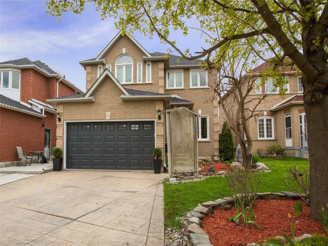 22 Carrie Cres