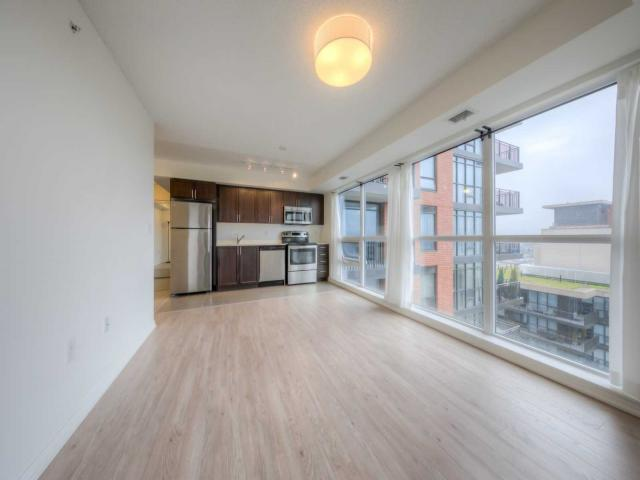 830 Lawrence Ave W, Unit 1506