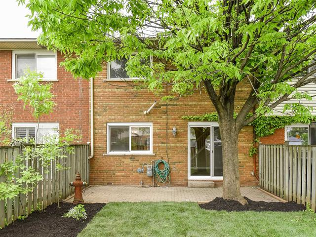 2085 Meadowbrook Rd, Unit 8
