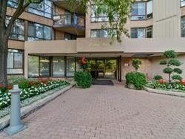 20 Cherrytree Dr, Unit 1106