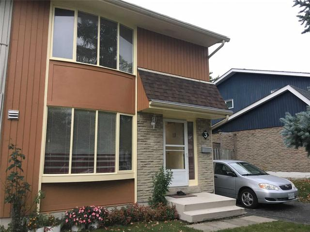 3 Bow River Cres