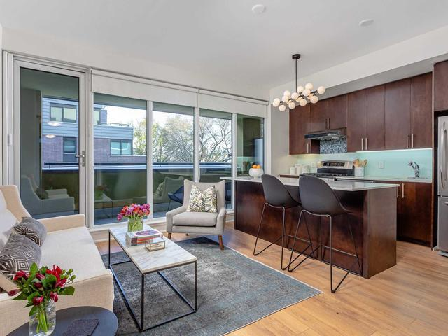 25 Ritchie Ave, Unit 309