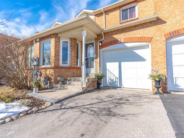 28 - 365 Tailfeather Cres