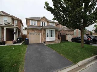 3 Sherbo Cres