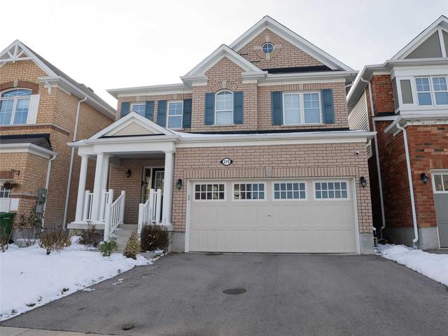 219 Apple Hill Cres