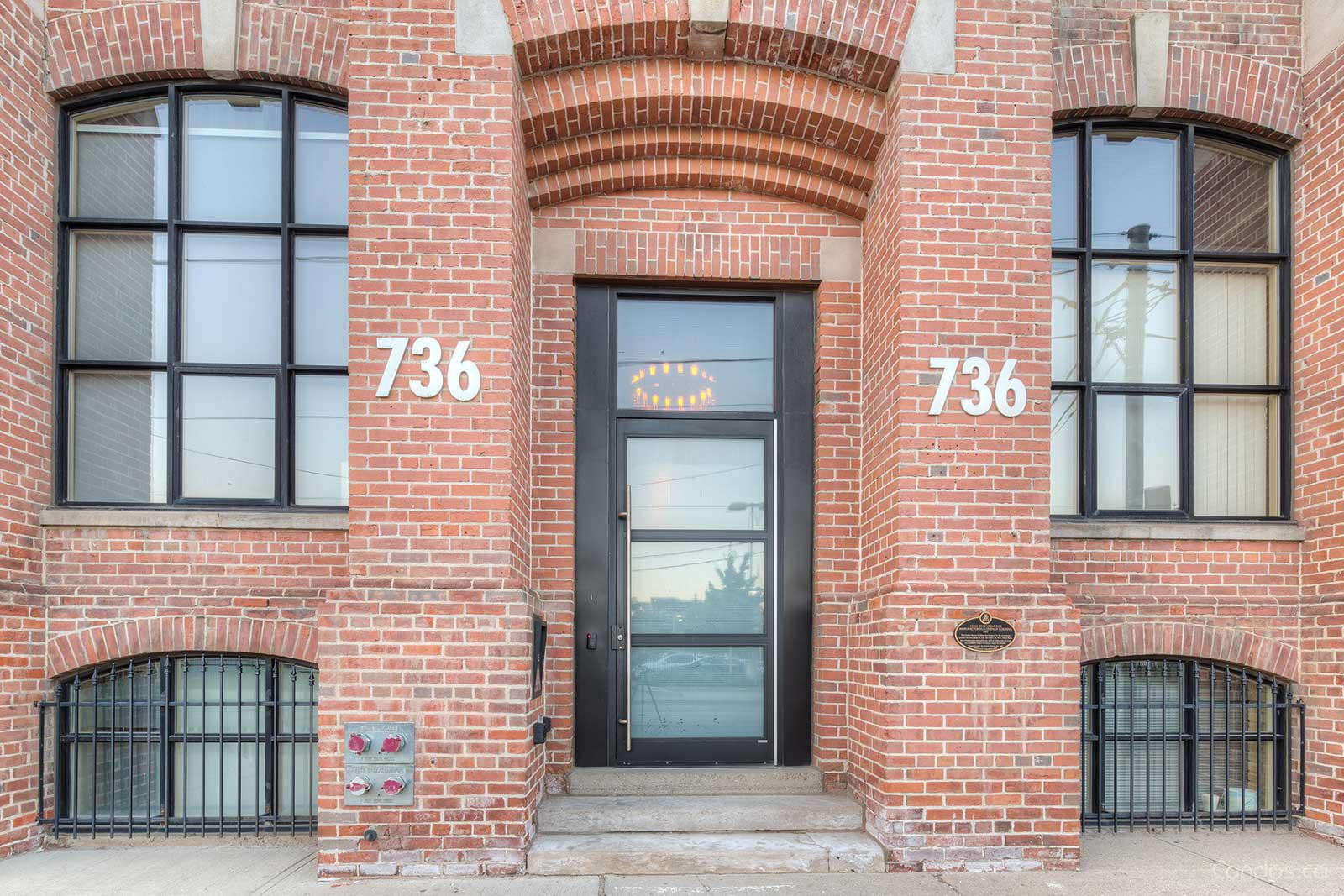 Tannery Lofts at 736 Dundas St E, Toronto 1