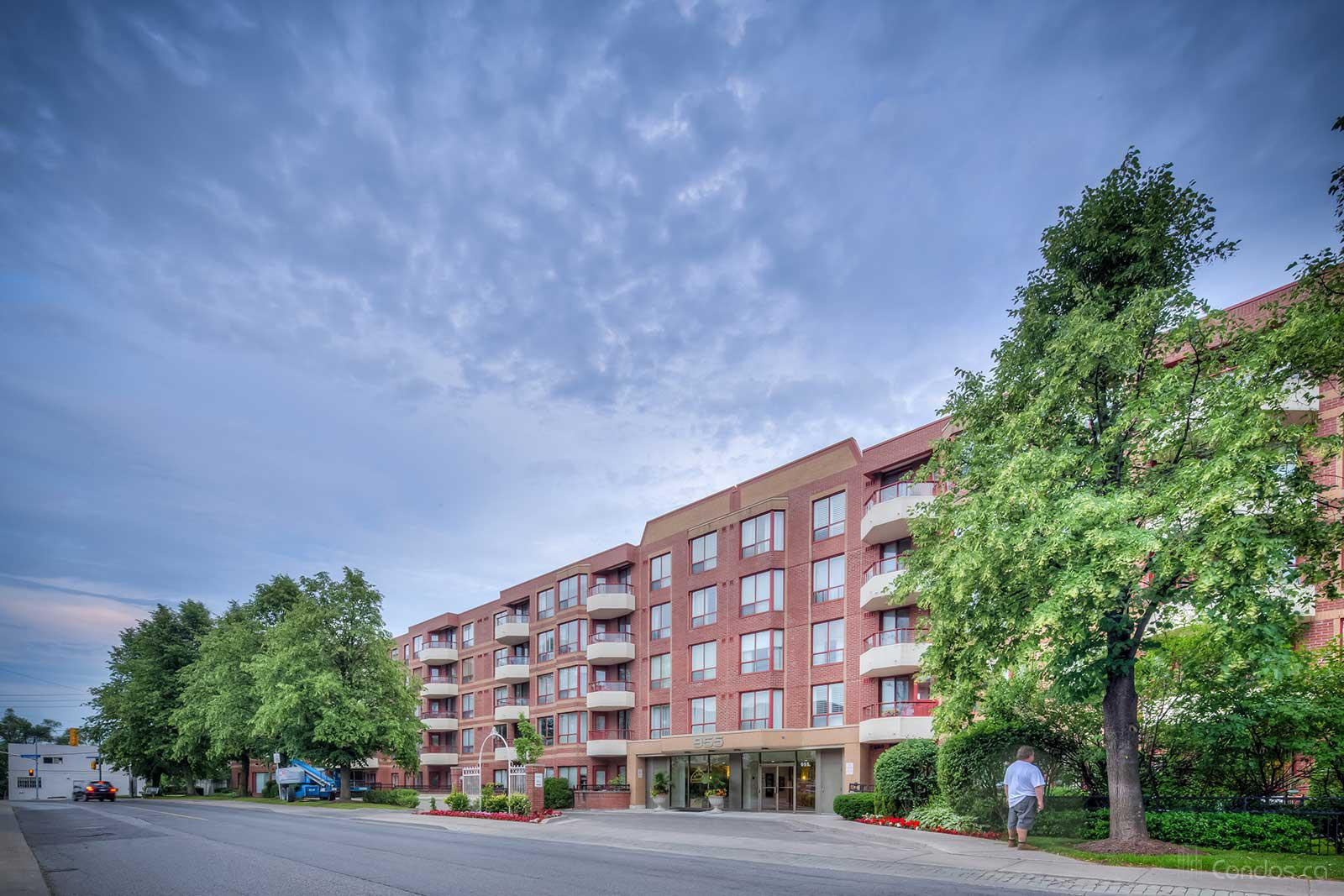 Leaside Gate at 955 Millwood Rd, Toronto 0