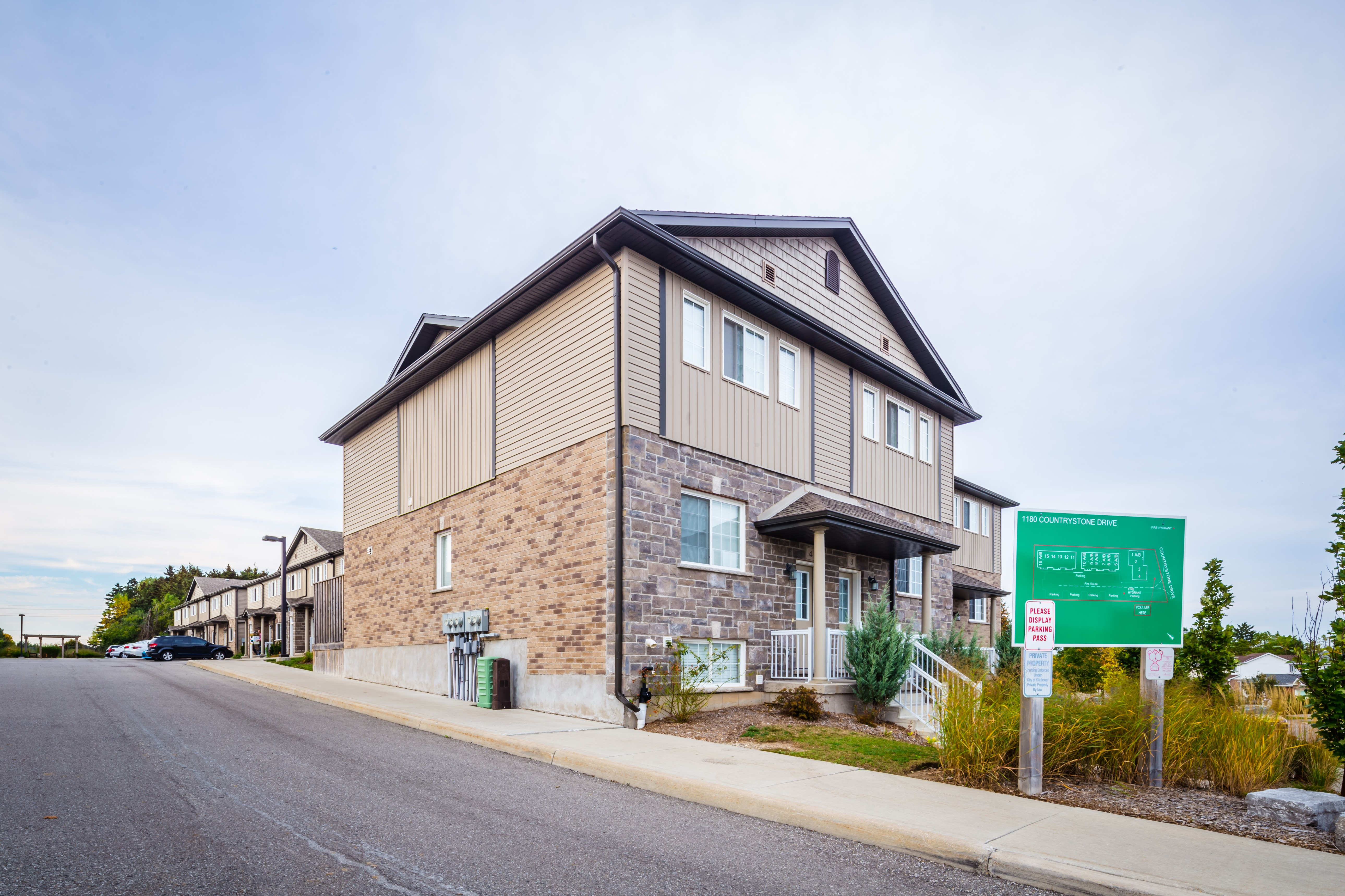 1180 Countrystone Condos at 1180 Countrystone Dr, Kitchener 0
