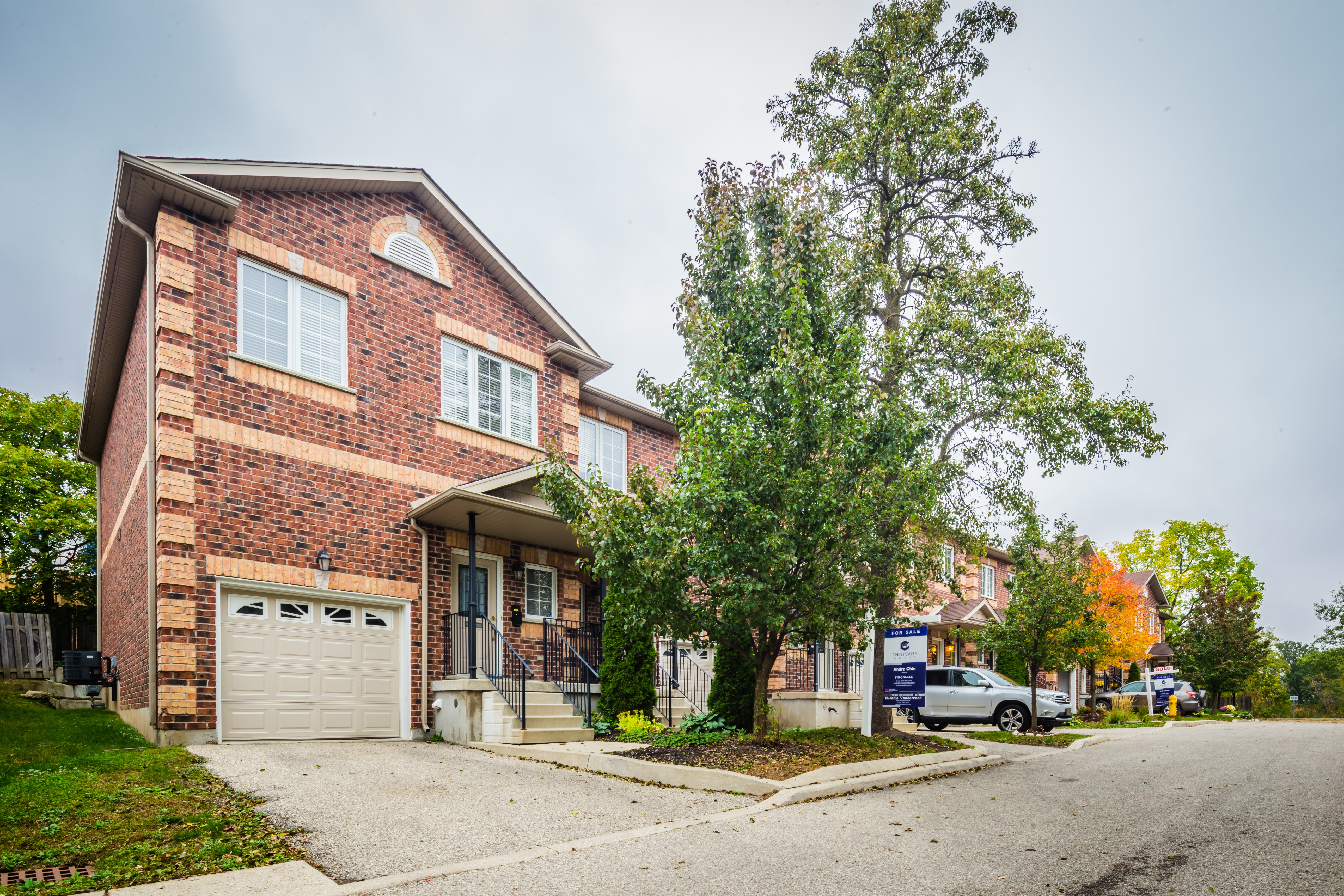 76 Woolwich Townhomes at 76 Woolwich St, Kitchener 0