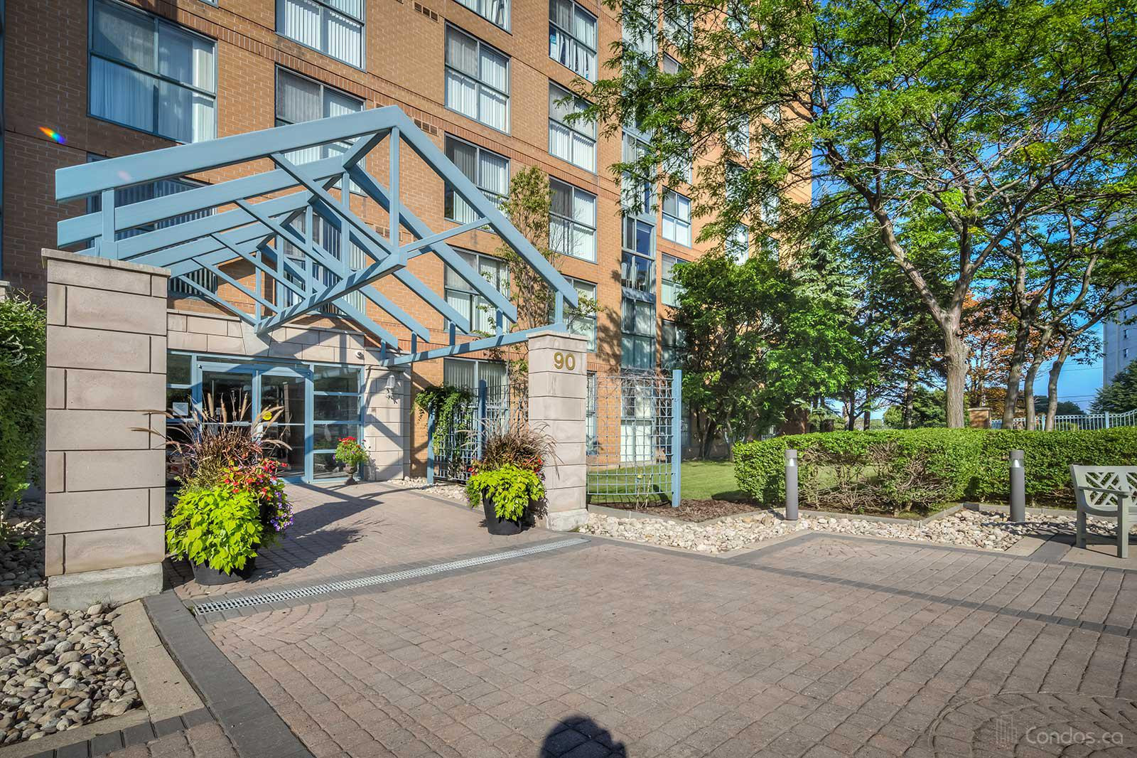 Prominence Point at 90 Dale Ave, Toronto 1