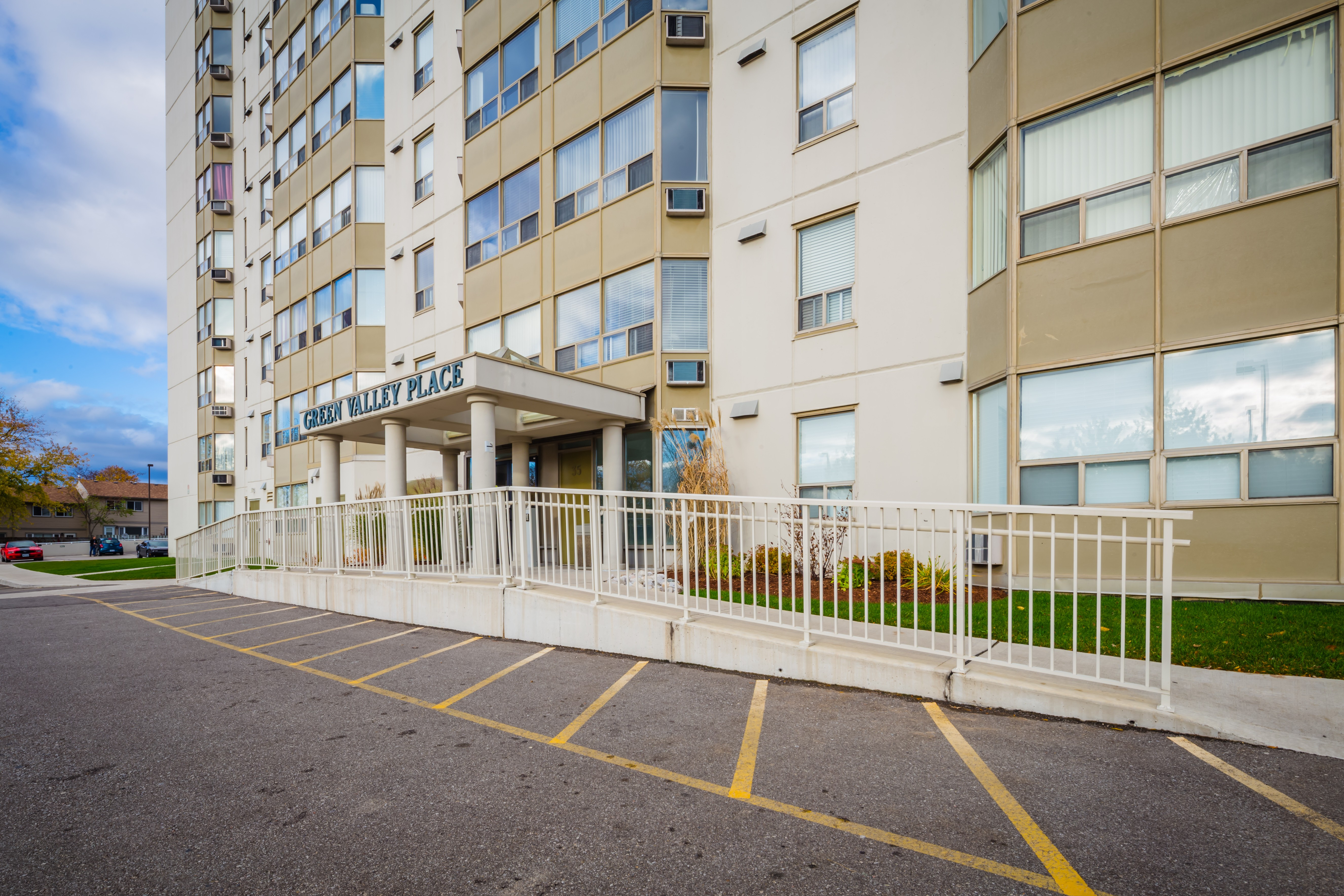 Green Valley Place at 35 Green Valley Dr, Kitchener 1