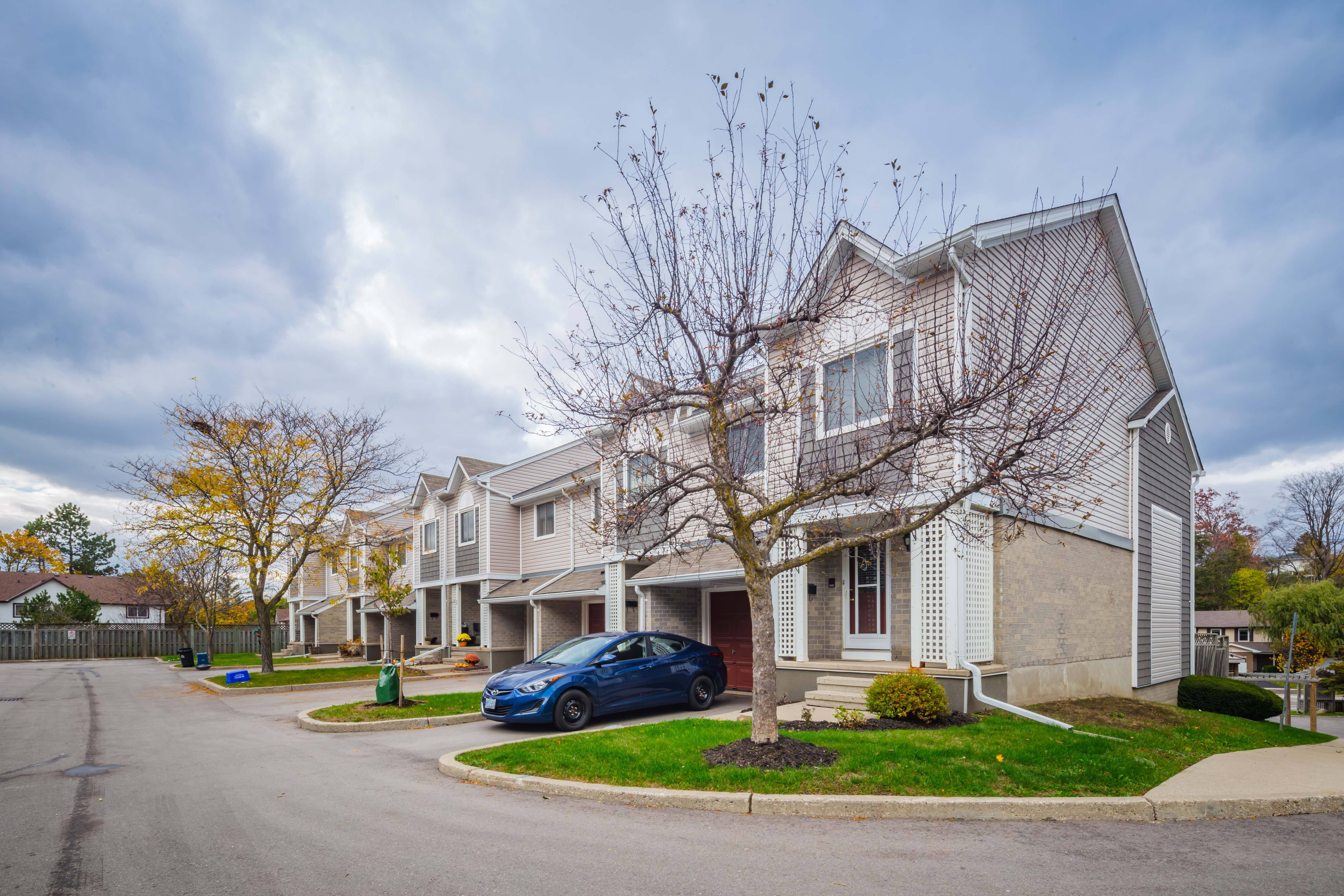 The Colony at 365 Pioneer Dr, Kitchener 1