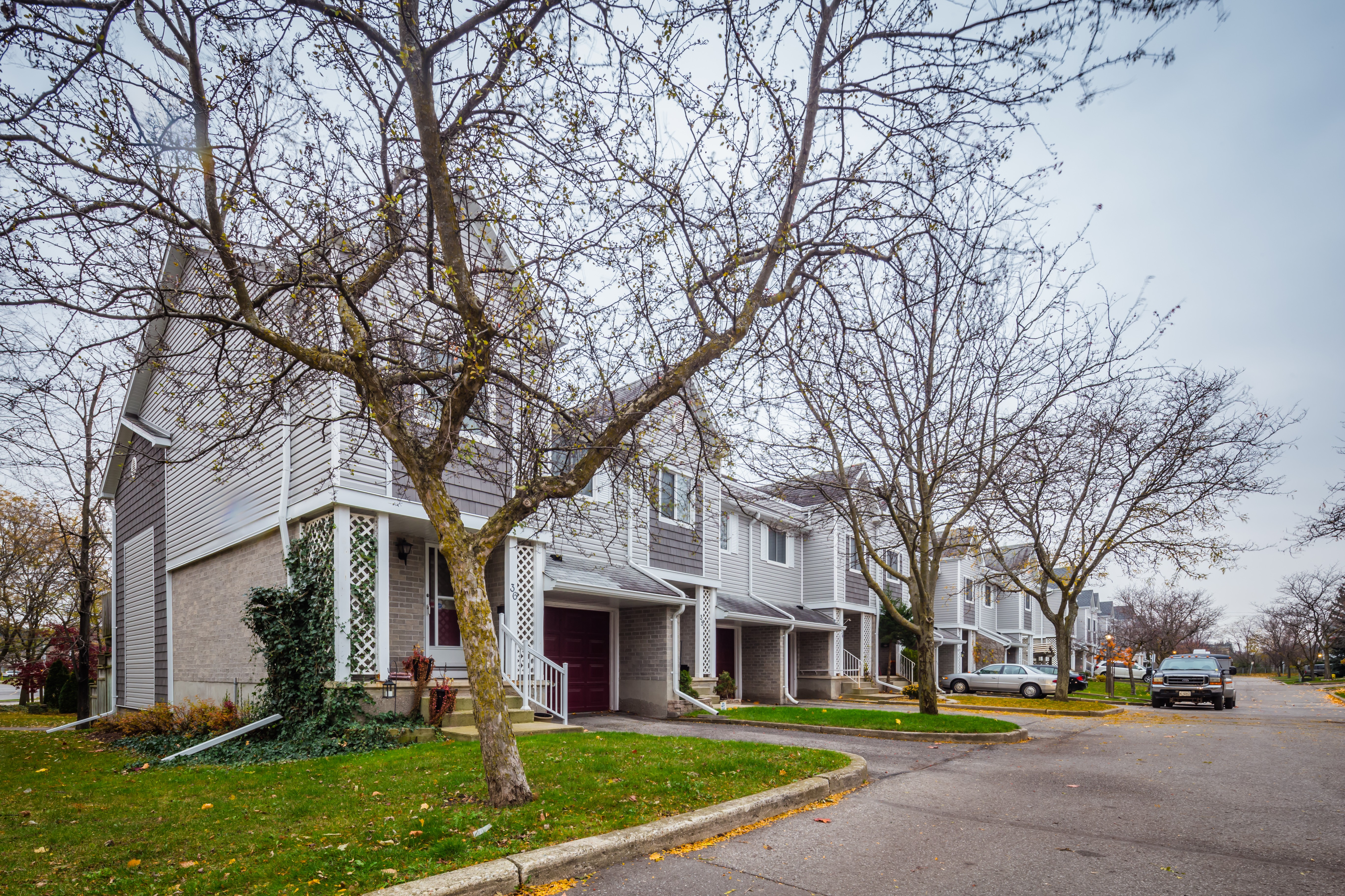 Tall Pines at 54 Green Valley Dr, Kitchener 0
