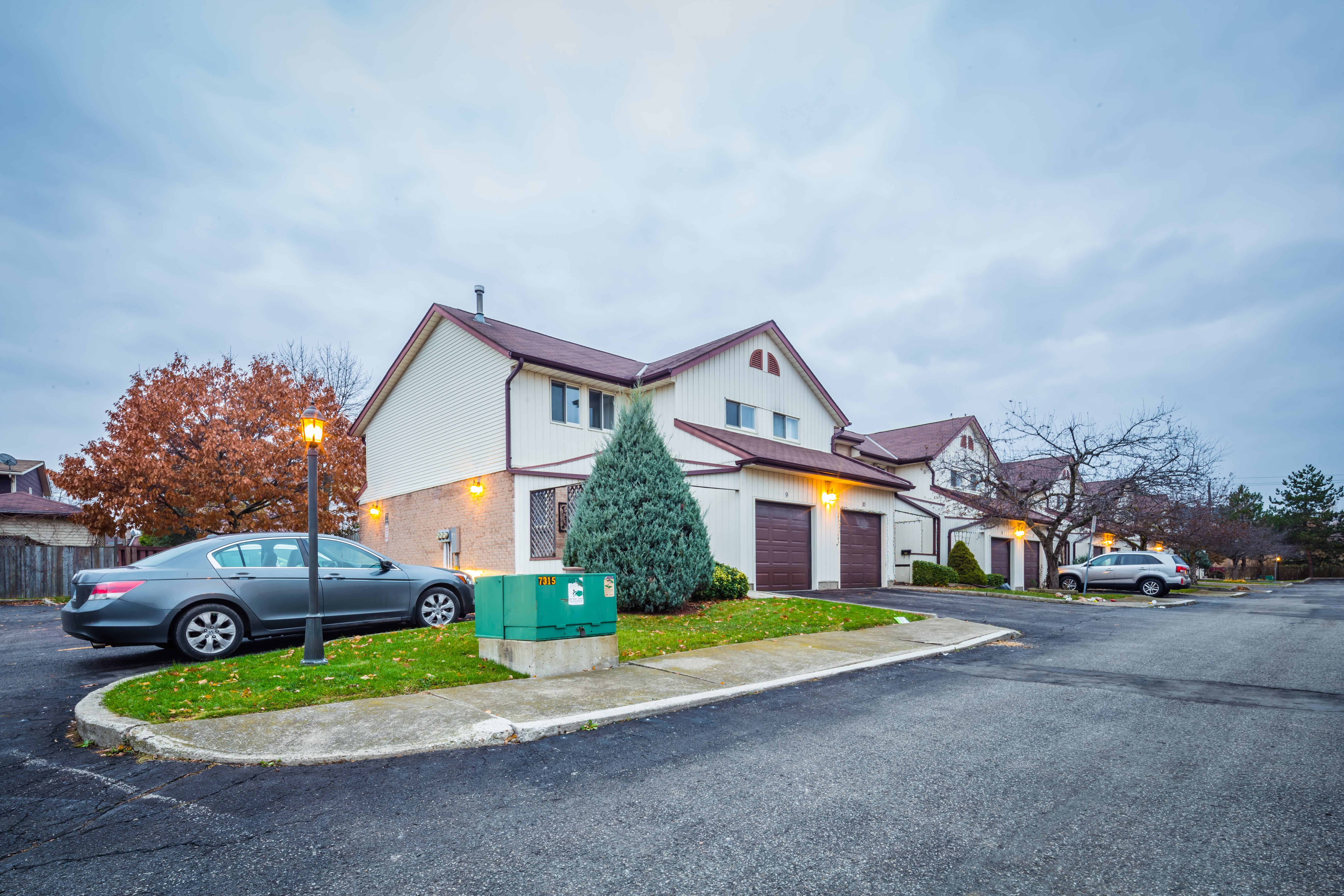 35 Westheights Drive at 35 Westheights Dr, Kitchener 1
